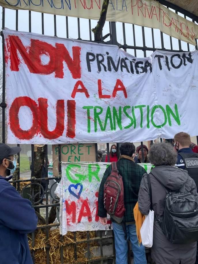 (photo du blocage de Grignon par le SPG)