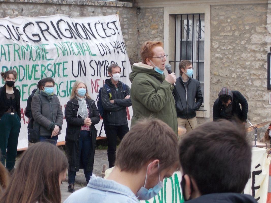 (photo de la manifestation du 26 mars 2021)